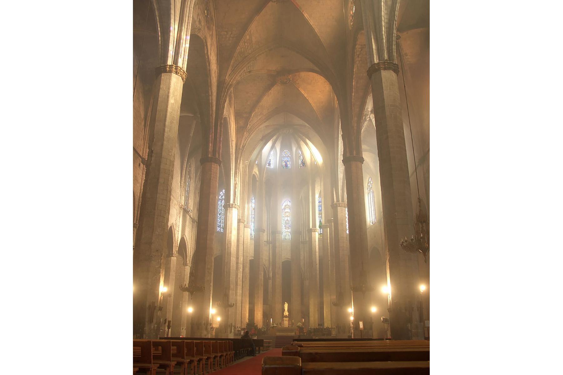 Nave central de Santa María del Mar en Barcelona